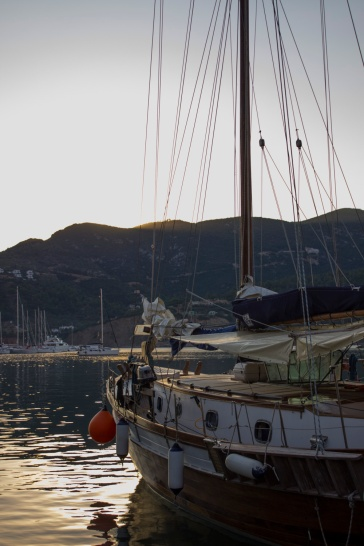 SUNRISE - SKOPELOS PORT