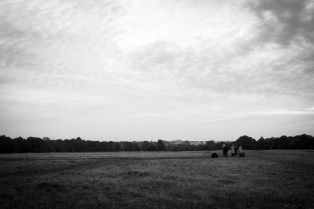 EARLY MORNING WALKERS BY SHEEN GATE, RICHMOND PARK