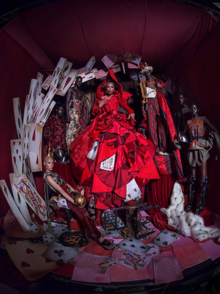 Queen of hearts fantasy photography by Tim Walker for Pirelli Calendar, 2018